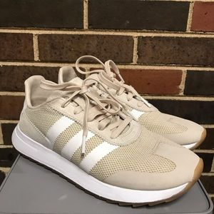 Adidas Size 8 Tan Flashback Runner Sneakers